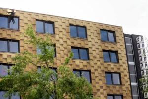 Höhenarbeiten an einer Fassade